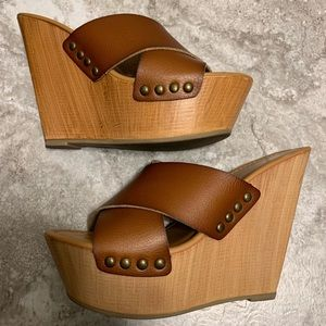Mossimo wood platform wedges w/vegan leather strap